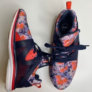 APL Ascend Floral Running Sneakers In Midnight 10